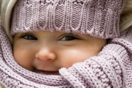 Bébé emmailloté: drôle d'idée ou idée de génie ? @