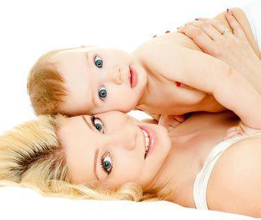 En peau à peau avec bébé... @
