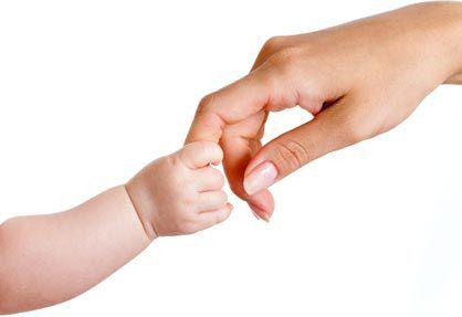 Le touché: 1er sens acquis chez bébé !